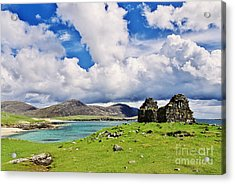 Acrylic Print featuring the photograph A Sunny Day In The Hebrides by Juergen Klust