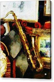 A Tenner Saxophone Acrylic Print by Steve Taylor