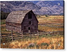 Abandoned Barn Acrylic Print by Richard Farrington