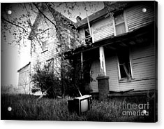 Abandoned Farm House Black And White Acrylic Print by Catherine Sherman