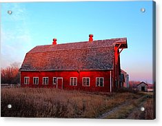 Abandoned Old Red Acrylic Print by Larry Trupp