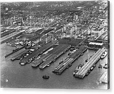 Aerial View Of Brooklyn Docks Acrylic Print by Underwood & Underwood