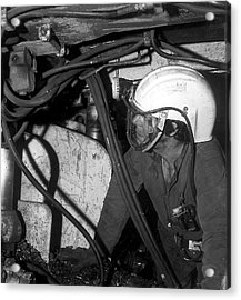 Airstream Helmet Coal Mine Tests Acrylic Print by Crown Copyright/health & Safety Laboratory Science Photo Library