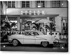 Avalon Hotel And Oldsmobile 88 - South Beach - Miami - Black And White Acrylic Print