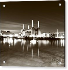 Acrylic Print featuring the photograph Battersea Power Station by Mariusz Czajkowski