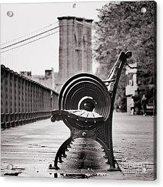 Bench's Circles And Brooklyn Bridge - Brooklyn Heights Promenade - New York City Acrylic Print
