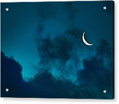 Acrylic Print featuring the photograph Blind Date With Venus by Meir Ezrachi