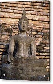 Buddha Statue Outside Thai Temple Acrylic Print by Richard Berry