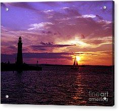 Acrylic Print featuring the photograph Buffalo Main Lighthouse by Tom Brickhouse