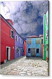 Burano 09 Acrylic Print by Giorgio Darrigo