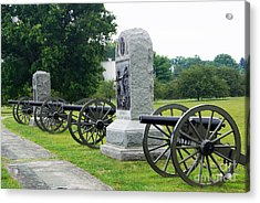 Cannons At Gettysburg Acrylic Print by J Jaiam