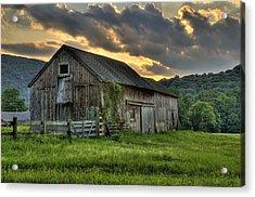 Casey's Barn Acrylic Print by Thomas Schoeller