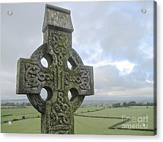 Acrylic Print featuring the photograph Celtic Cross by Suzanne Oesterling