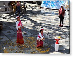 Child Performers - Wat Phrathat Doi Suthep - Chiang Mai Thailand - 01131 Acrylic Print by DC Photographer