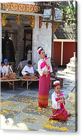 Child Performers - Wat Phrathat Doi Suthep - Chiang Mai Thailand - 01132 Acrylic Print by DC Photographer