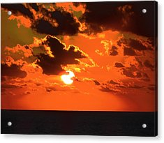 Acrylic Print featuring the photograph Coco Cay Sunset by Jennifer Wheatley Wolf