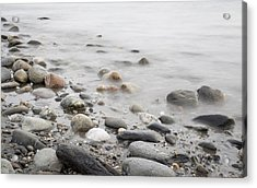 Acrylic Print featuring the photograph Combing The Beach by Andrew Pacheco