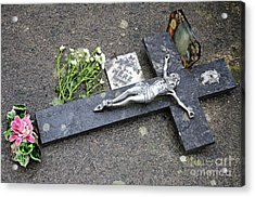 Cross Decorating A Tomb In Graveyard Acrylic Print by Sami Sarkis