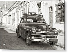 Acrylic Print featuring the photograph Cuba Cars I by Juergen Klust