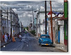 Acrylic Print featuring the photograph Cuba Traffic by Juergen Klust
