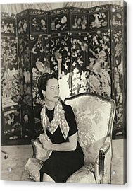 Duchess Of Windsor In Short-sleeved Dress Acrylic Print