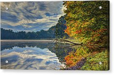 Acrylic Print featuring the photograph Early Autumn At Caldwell Lake by Jaki Miller