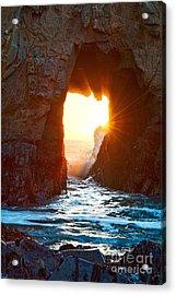 Fireburst - Arch Rock In Pfeiffer Beach In Big Sur. Acrylic Print by Jamie Pham