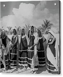 Fishwives At Pia De La Cuesta Beach Acrylic Print