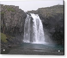 Acrylic Print featuring the photograph Fjallfoss by Christian Zesewitz