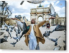 France, Paris, Happy Young Woman With Flying Pidgeons At Arc De Triomphe Acrylic Print by Westend61