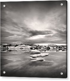 Acrylic Print featuring the photograph Glacier Lagoon II by Frodi Brinks