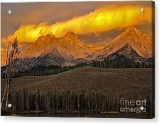 Glowing Sawtooth Mountains Acrylic Print by Robert Bales