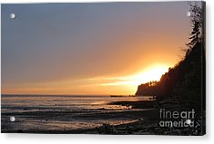 Acrylic Print featuring the photograph Grays Harbor Sunset II by Gayle Swigart