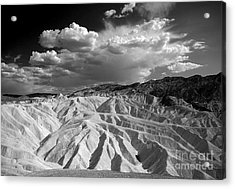 Grooving In Death Valley Acrylic Print by Stephen Flint