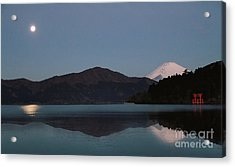 Acrylic Print featuring the photograph Hakone Lake by John Swartz