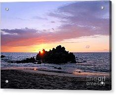 Acrylic Print featuring the photograph Hali A Aloha by Ellen Cotton