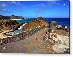 Acrylic Print featuring the photograph Halona Blowhole Monument by Aloha Art