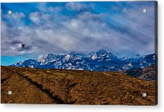 Hot Air Baloon Ride In The Methow Acrylic Print by Omaste Witkowski
