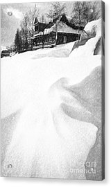 House In Snow Acrylic Print by Rod McLean