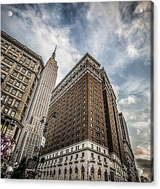 In A New York Minute Acrylic Print by Shari Mattox