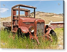 Acrylic Print featuring the photograph International Truck by Sue Smith