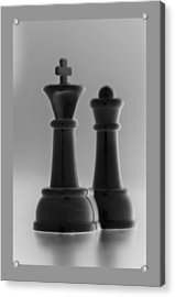 King And Queen In Black And White Acrylic Print by Rob Hans