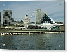 Lakeview Of Milwaukee Art Museum Acrylic Print by Devinder Sangha