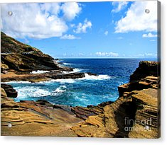 Acrylic Print featuring the photograph Lanai Scenic Lookout by Kristine Merc