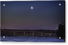 Acrylic Print featuring the photograph Last Moon Rise by David Hufstader
