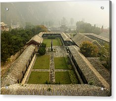 Acrylic Print featuring the photograph Late Morning Fog At The Great Wall  by Lucinda Walter
