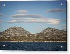 Acrylic Print featuring the photograph Lenticular Cloud Hangout by Ben Shields