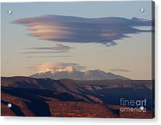 Lenticular Cloud Hovers Over The San Francisco Peaks Of Flagstaff Arizona Acrylic Print