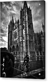 Leon Cathedral In The Rain Acrylic Print by Tom Bell