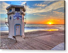 Lifeguard Tower On Main Beach Acrylic Print by Cliff Wassmann
